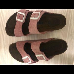 Birkenstocks (NEW Rose) Suede Leather size 5-5.5